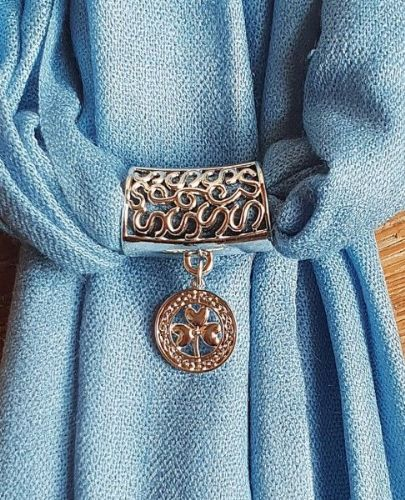 Blue Two Tone Pashmina wtih Celtic Shamrock Scarf Ring